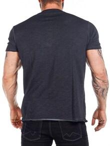 svart bukse skjorte